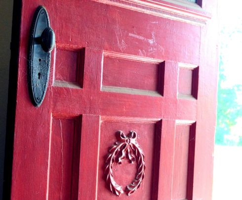 Who doesn't love a red door? This one was a beauty.