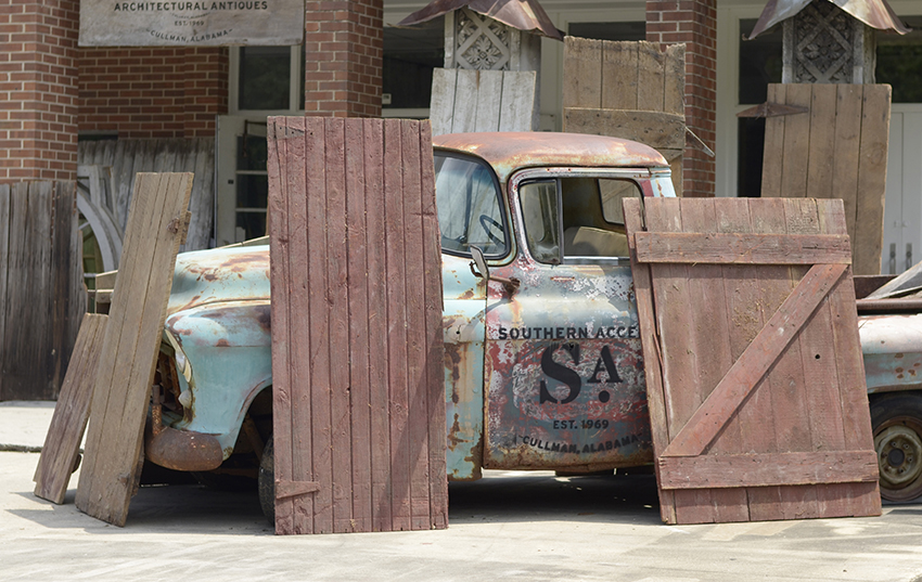 Just a few of the salvaged barn doors available at Southern Accents Wood Warehouse. & antique door | SA1969 Blog