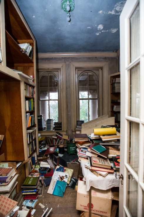 This room was once a nursery but was later turned into a library room