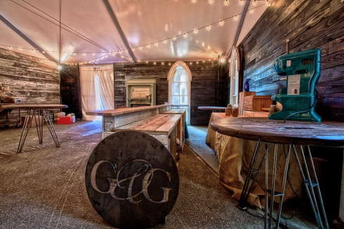 Southern Accents was honored to have been given the opportunity to design/build the artist lounge for Garden and Gun.